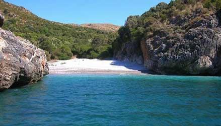 Parco Nazionale del Cilento: la spiaggia di Cala Bianca